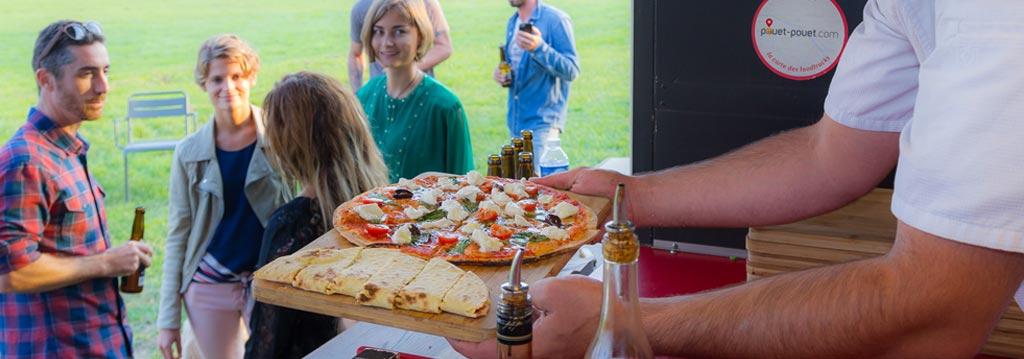 un camion à pizza pour votre événement